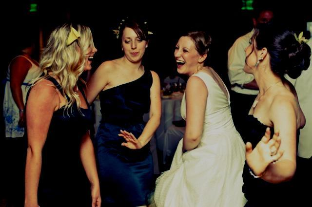 132-bride-bridesmaids-dancing-reception-laughing_9158.jpg